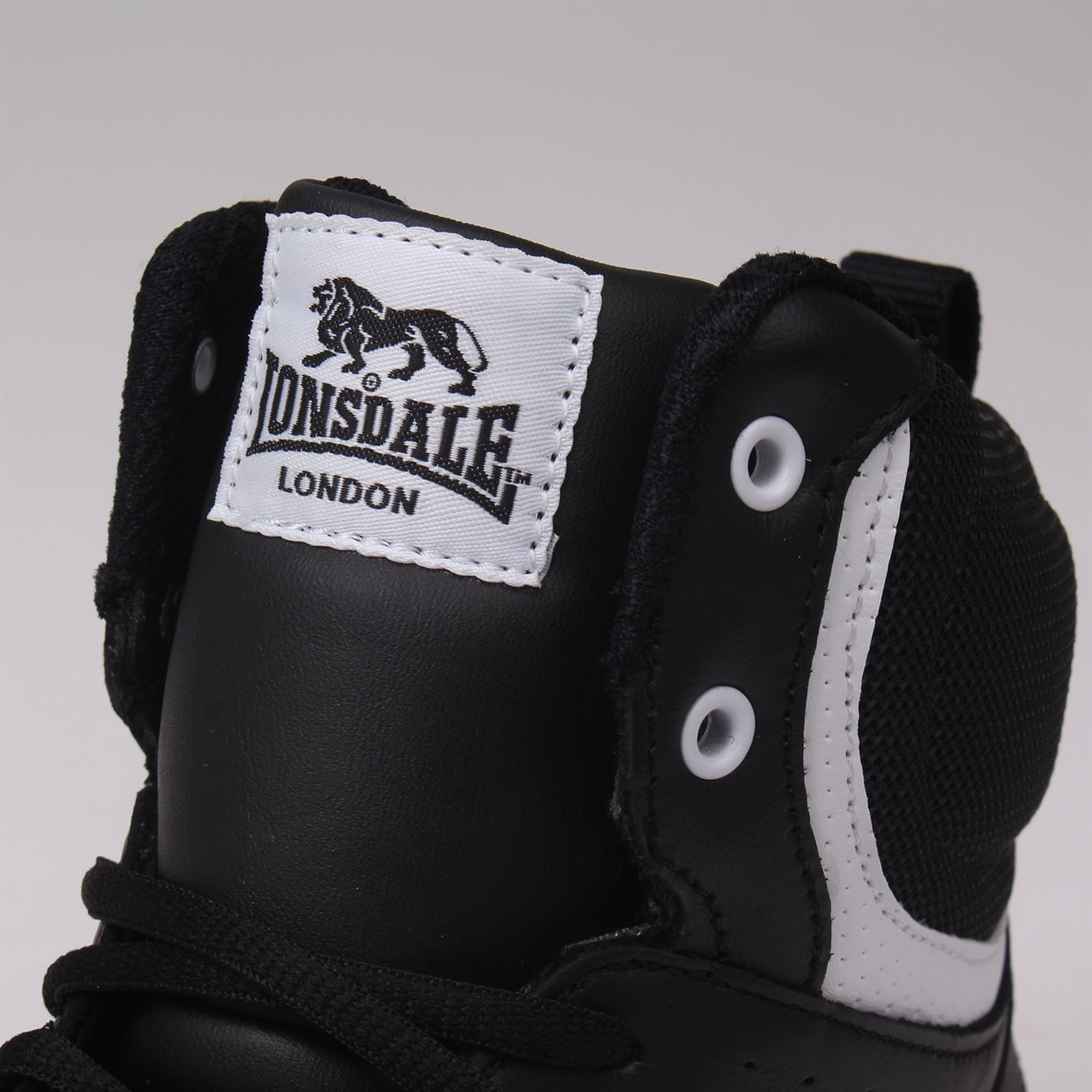 Lonsdale Training Boxing Boots Lace Up Gents Mens